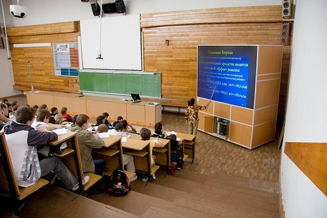 Советы студентов - как, где пройти и что проходят в центрах обучения электриков