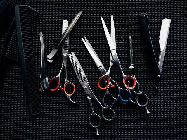 Где найти курсы в колледже (техникуме), академии парикмахеров на дому или индивидуально.