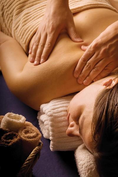Как и где найти достойные, нормальные курсы обучения массажу