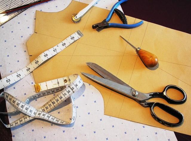 Как выбрать курсы обучения кройке и шитью для детей.