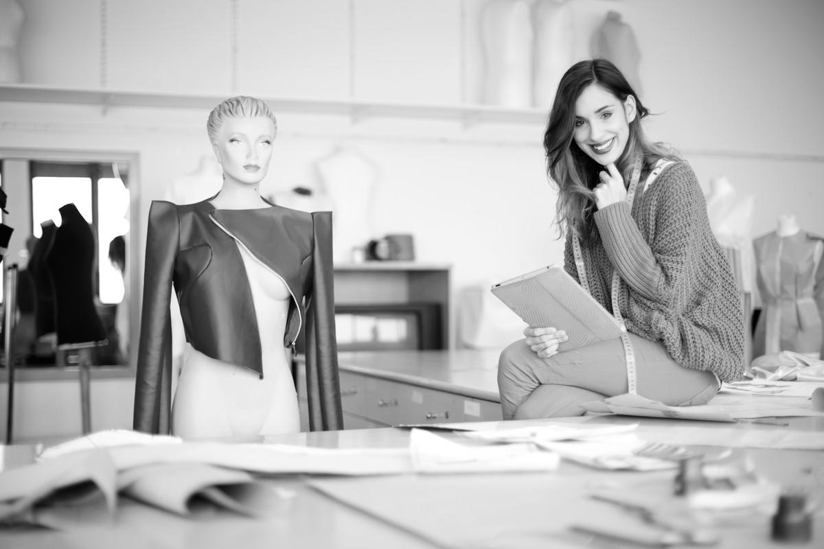 Сколько стоят платные курсы (образование) по дизайну одежды. Узнать цены