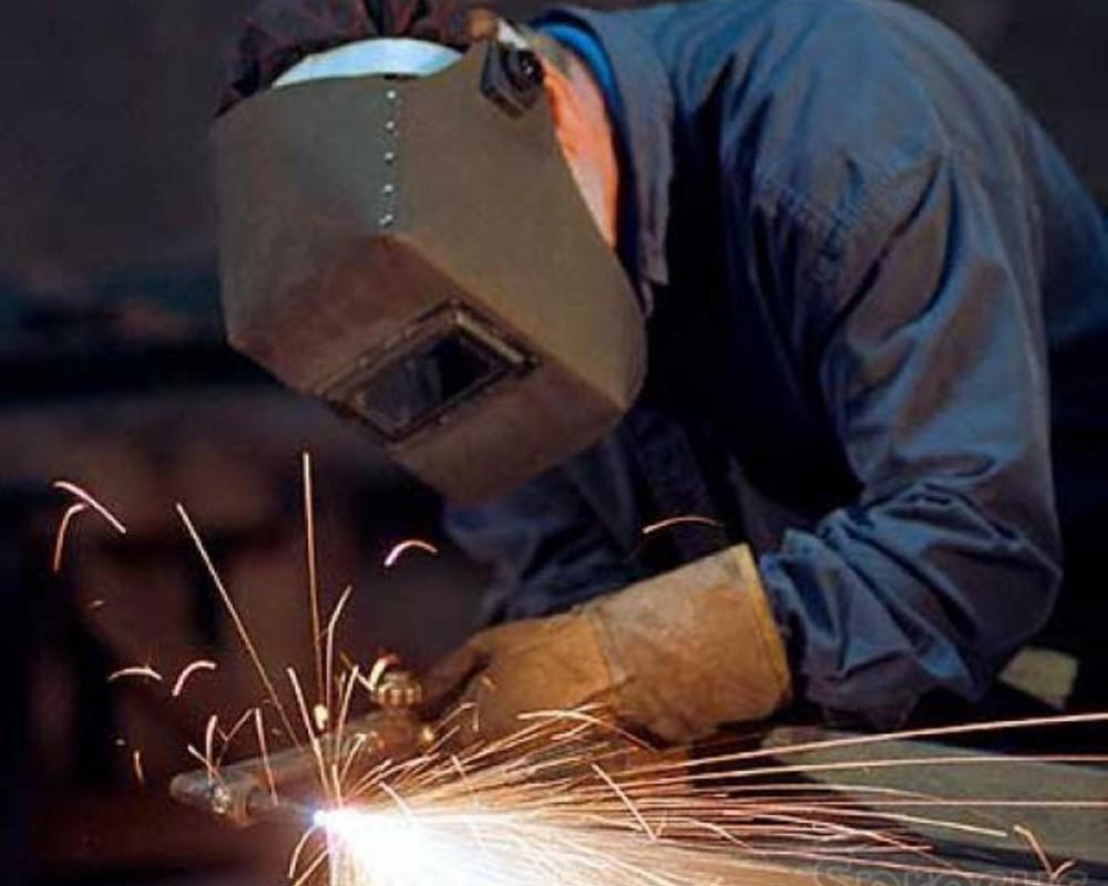 Где и как выучиться и переучиться по профессии, специальности электрогазосварщик
