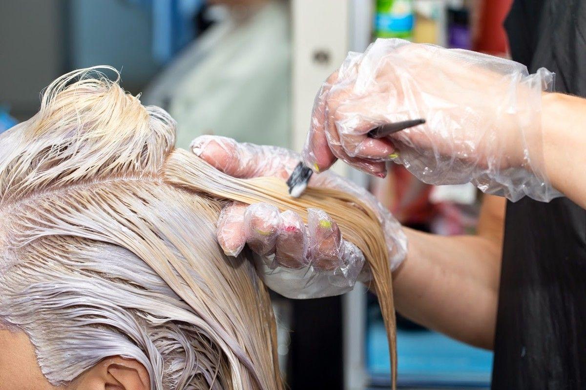 Как выбрать курсы обучения парикмахеров для женщин.