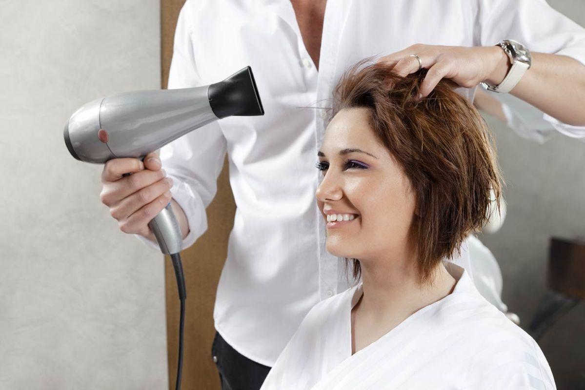 Подскажите, посоветуйте парикмахерский учебный центр (курсы)