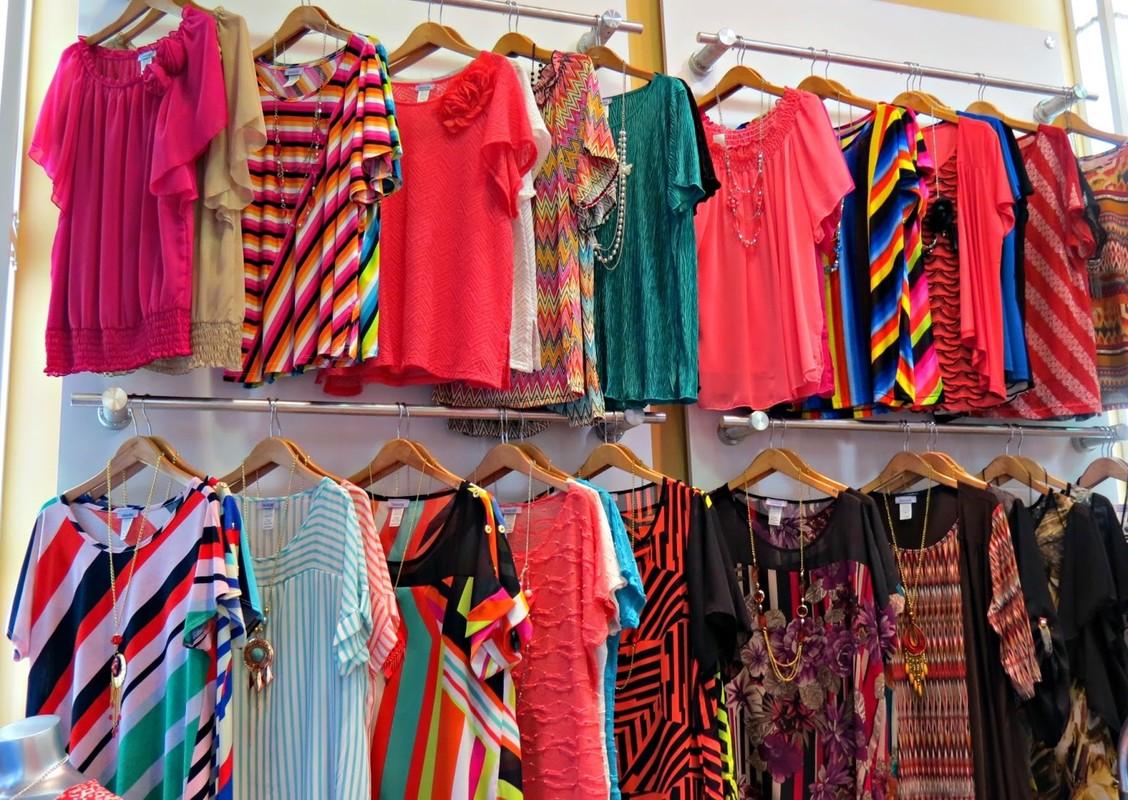 Wholesale bulk fashion clothing 6
